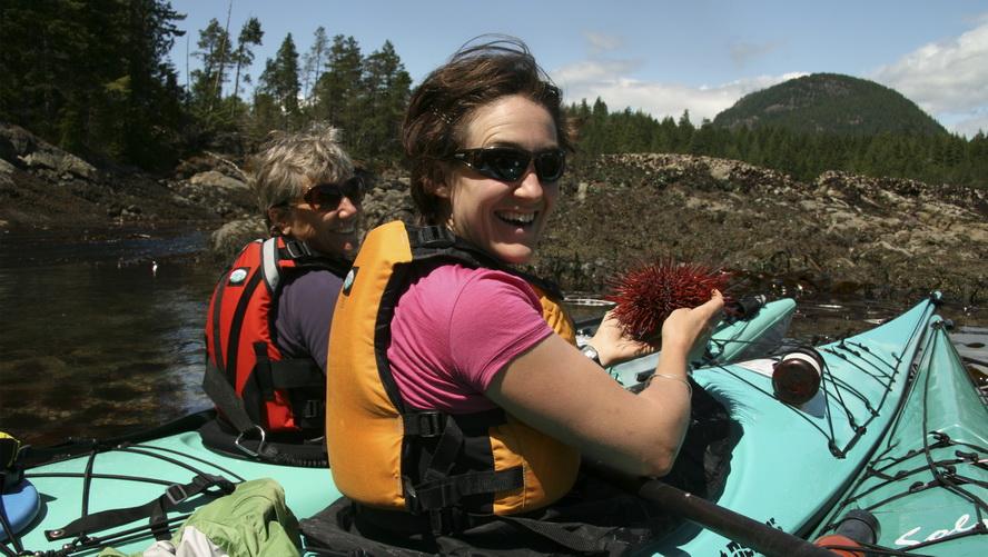 Kayak Lodge Getaway10