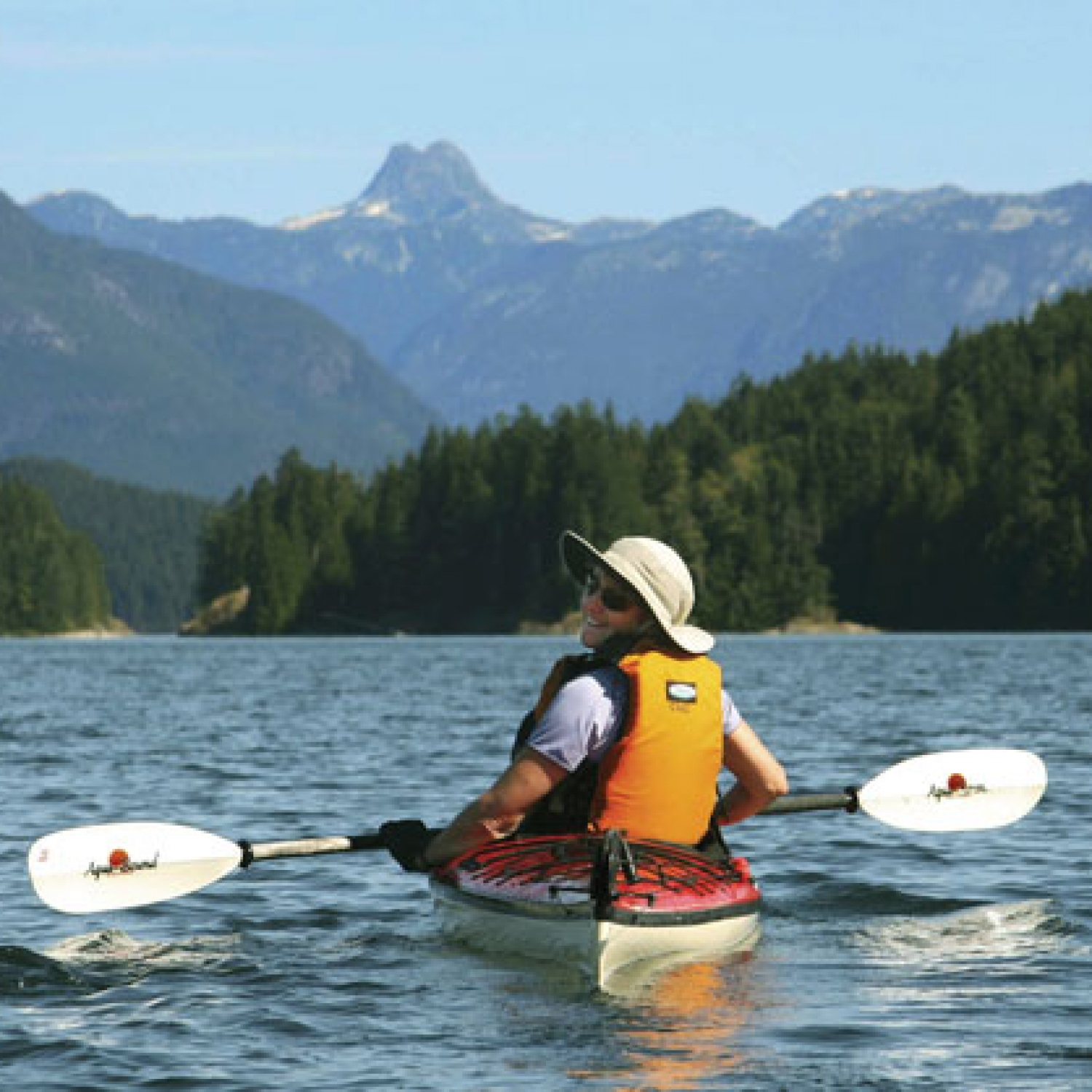 Discovery Islands Kayak Tour